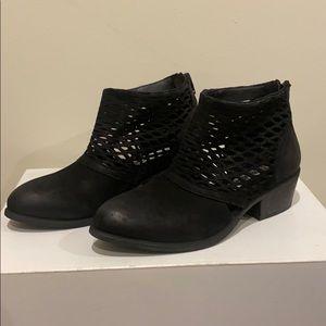 Brand new Genuine leather SM